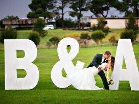 Didelės raidės vestuvėms ir kitoms šventėms