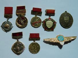 Sendaikciu ispardavimas, Apdovanojimai -zenklai