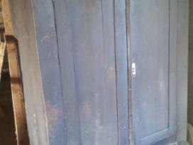 Senovinė medinė spinta