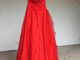 Raudona pūsta proginė ilga suknelė