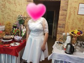 Parduodame suknele vestuvine 3 daliu ir kostiuma