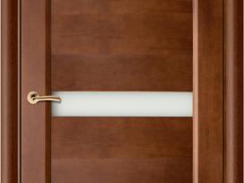 Medinės durys su stakta, spyna ir vyriais 135 eur