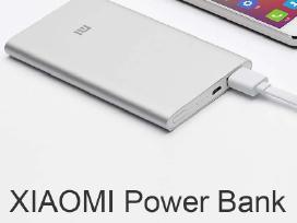 Išorinės baterijos (Power bankai) ir kt. priedai