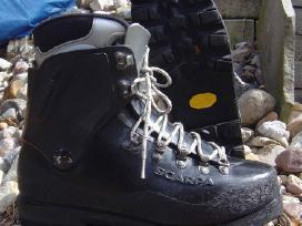 Alpinistiniai ,turistiniai,zygio batai