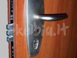 Šarvuotų durų remontas, spynų keitimas