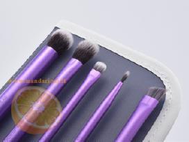 Real Techniques makiažo šepetėliai