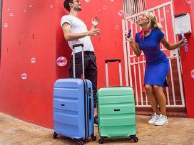 American Tourister plastikiniai lagaminai