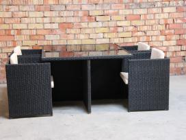 Valgomajo tipo lauko baldu komplektas .Kubo formos