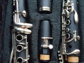 Parduodame naudotą klarnetą Mendini by Cecilio