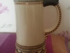 Keramikini alaus bokala.