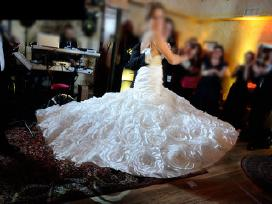 Elegantiška Jasmine vestuvinė suknelė