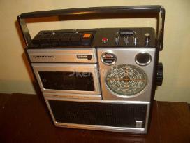 Panasonic,sony Icf 7600g ,saba, JVC, sony.