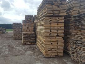 Džiovinta ąžuolo ir uosio mediena, lentos, dilės