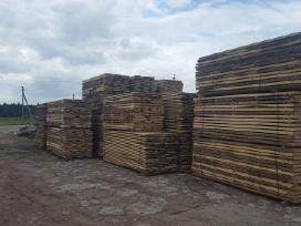Įvairi džiovinta mediena
