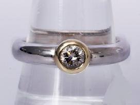 Masyvus auksinis žiedas su deimantu 0,40ct