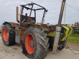 Traktorius Claas Xerion 3800 ardomas dalimis