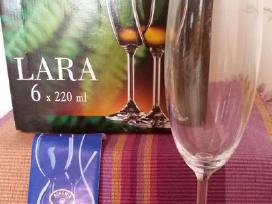 Šampano Taurės Bohemia Naujos