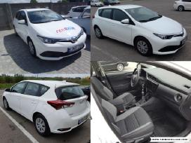 Nauju automobiliu nuoma Kaune, Toyota Auris