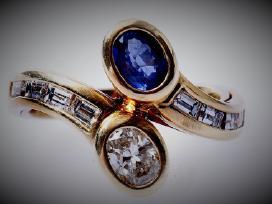 Auksinis žiedas su deimantais ir safyru