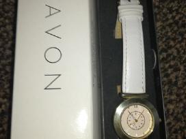 Rankinį laikrodį Avon