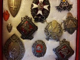 Perku ženklus ir medalius