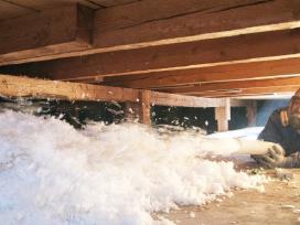 Šiltinimas purškiama mineraline vata, ekovata