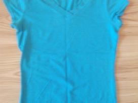 Mergaitei žydri marškinėliai