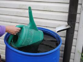 Statinės laistymui 220 litrų