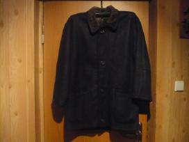 Siulau kokybiskos odos palta su kailiniu pamusalu