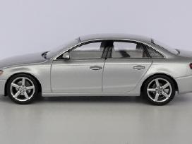 1/43 modeliukai Audi A4 B8
