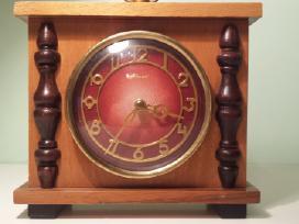 Rusiskas senas laikrodis majak