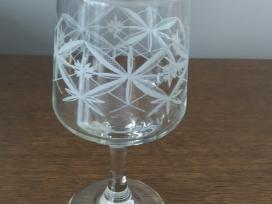 Raizyto stiklo stikliukai
