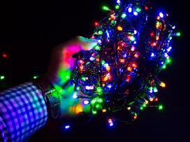 Kalėdinės girliandos ir varvekliai