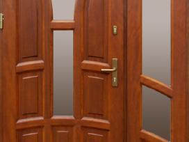 Lauko durys