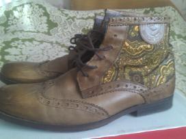 Naturalios odos batai aulinukai