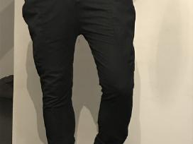 Vyriskos juodos kelnes S dydis baggy