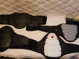 Stuburo, sėdmenų , kelių bei riešų apsaugos