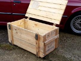 Parduodu medines dėžes Tvirtos uždaromos 100x50x45