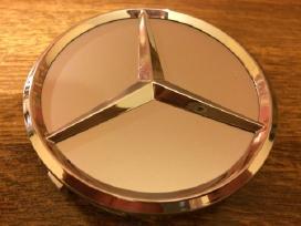 Parduodu Mercedes-benz ratlankių dangtelius