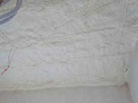 Pastatų šiltinimas poliuretano putomis.