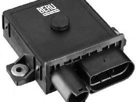 E46 E60 E65 E90 X3 E70 pakaitinimo žvakiu rele