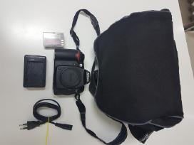 Parduodu fotoaparata Nikon D90