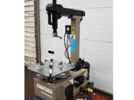 Automat. padangų montavimo staklės su infliatorium