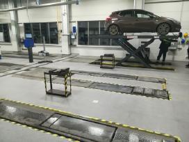 Garažų ir tech. patalpų epoksidinė grindų danga