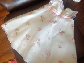 Pūsta suknelė su galvajuoste