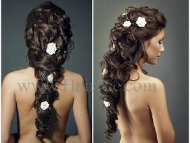 Šukuosena yra ypač svarbus grožio elementas.