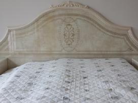 Naujas.italiskas miegamojo komplektas