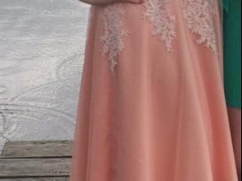 Puošni išleistuvių suknelė