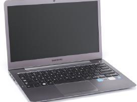 Parduodam Samsung Np535u3c dalimis