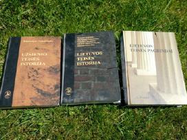 Teisinės knygos